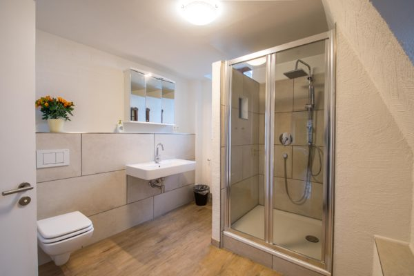 Badezimmer, sehr geräumig