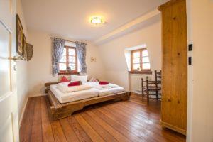 gut schlafen in der Ferienwohnung auf Schloss Auerbach