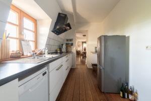 Voll ausgestattete Küche in der Ferienwohnung Nibelungenland