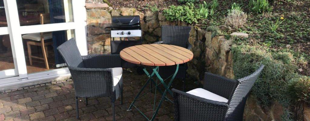 Terrasse mit eigenem Grill