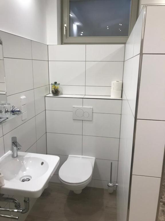 WC, waschbecken
