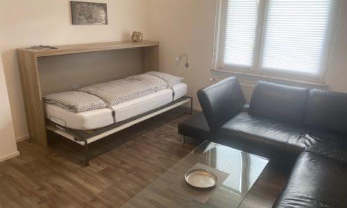 Hier schlafen Sie gut, im Wohnzimmer der Ferienwohnung Heppenheim